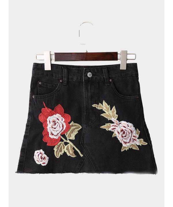 Black Fashion Casual Flower Embroidered Denim Mini Skirt